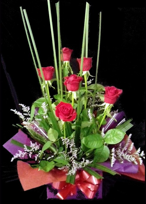Box of 6 Red Roses